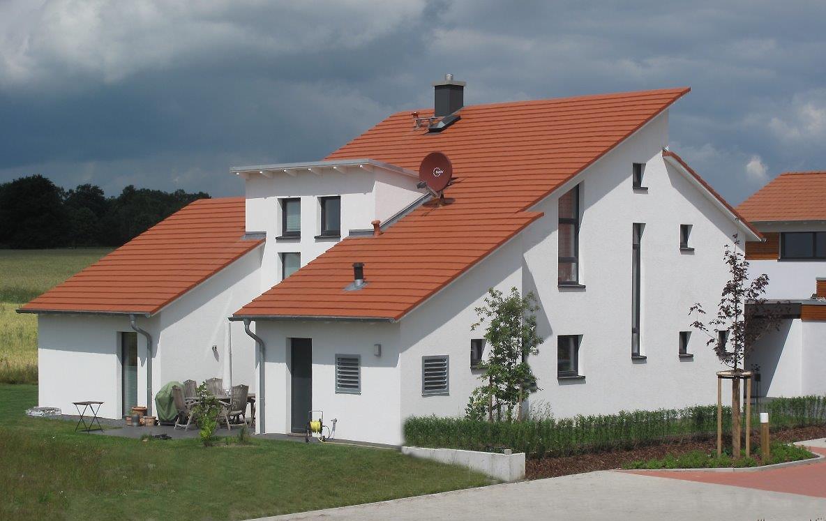 einfamilienhaus mit pultdach architekturb ro carsten kr ger. Black Bedroom Furniture Sets. Home Design Ideas